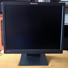 Thanh lý màn hình LCD 17inch Lenovo nguyên zin giá rẻ 1