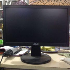 Thanh lý màn hình LCD asus 16inch đẹp không lỗi giá 300k 3